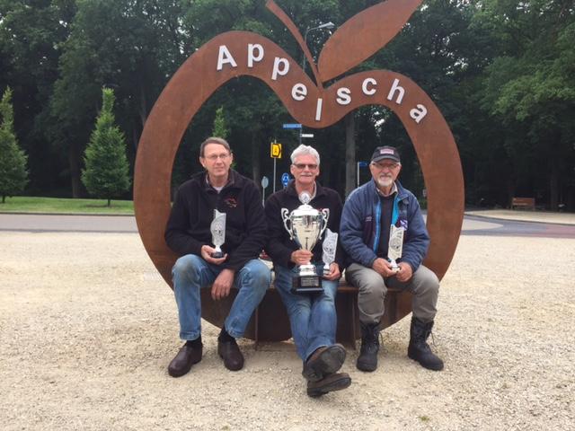 Ooststellingwerfcup 2016 v.l.n.r R Hijlkema. A de Vries . A Jeeninga